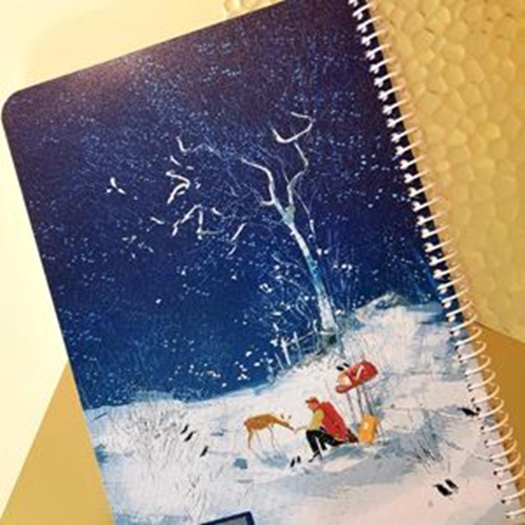 تصویر دفتر صد برگ لاین نوت وزیری طرح برف