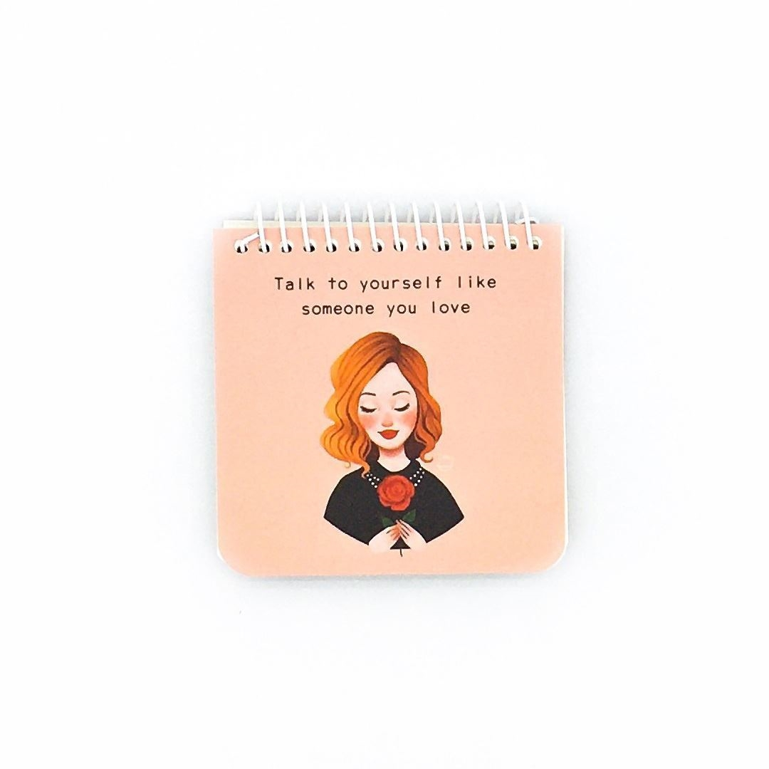 تصویر دفترچه یادداشت سیمی کیچ بوک مربعی