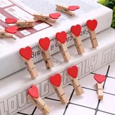تصویر گیره چوبی طرح قلب