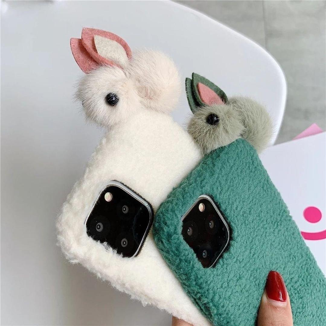 تصویر گارد موبایل عروسکی خرگوش