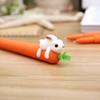 تصویر روان نویس هویج با خرگوش سفید
