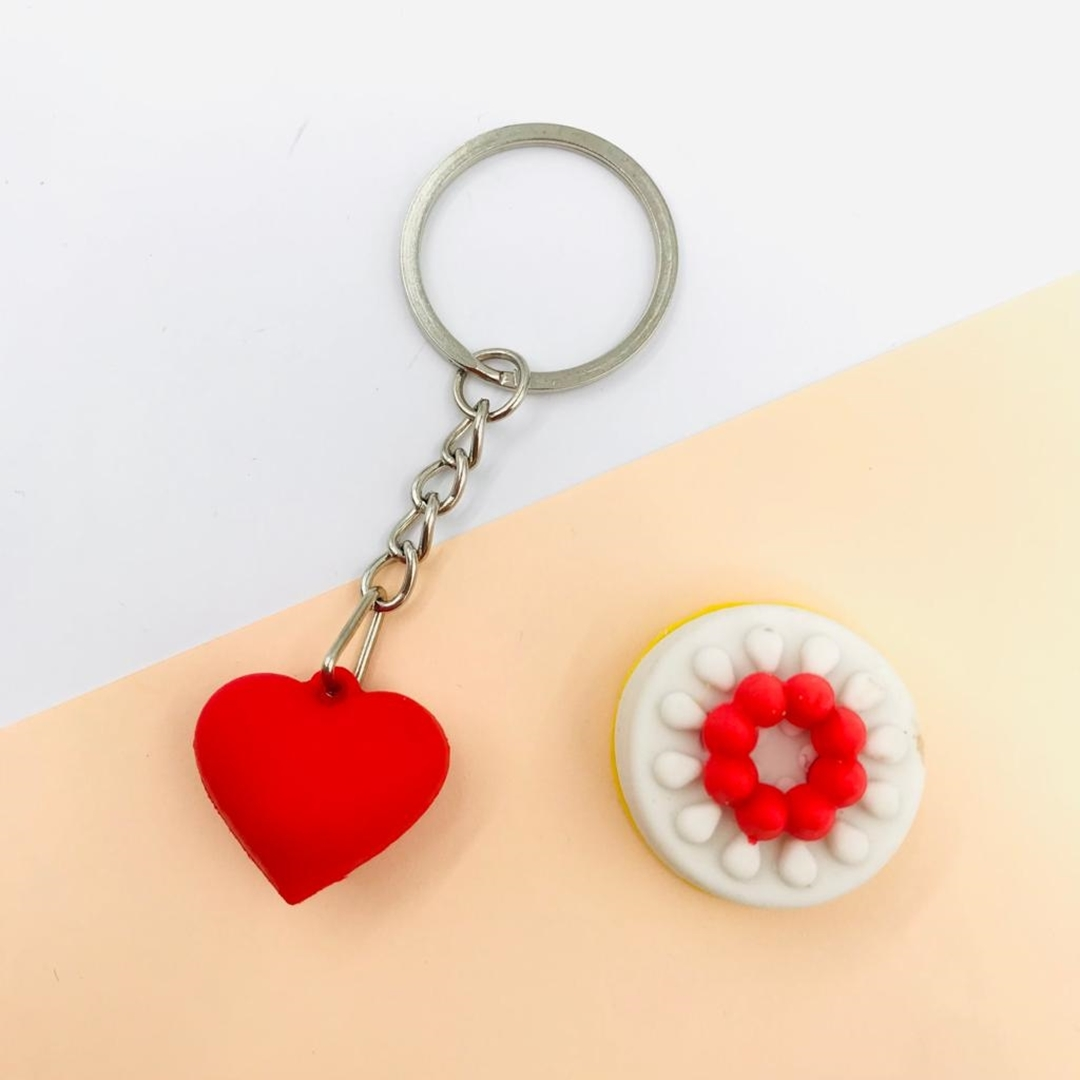 تصویر جاکلیدی فانتزی طرح قلب کوچک