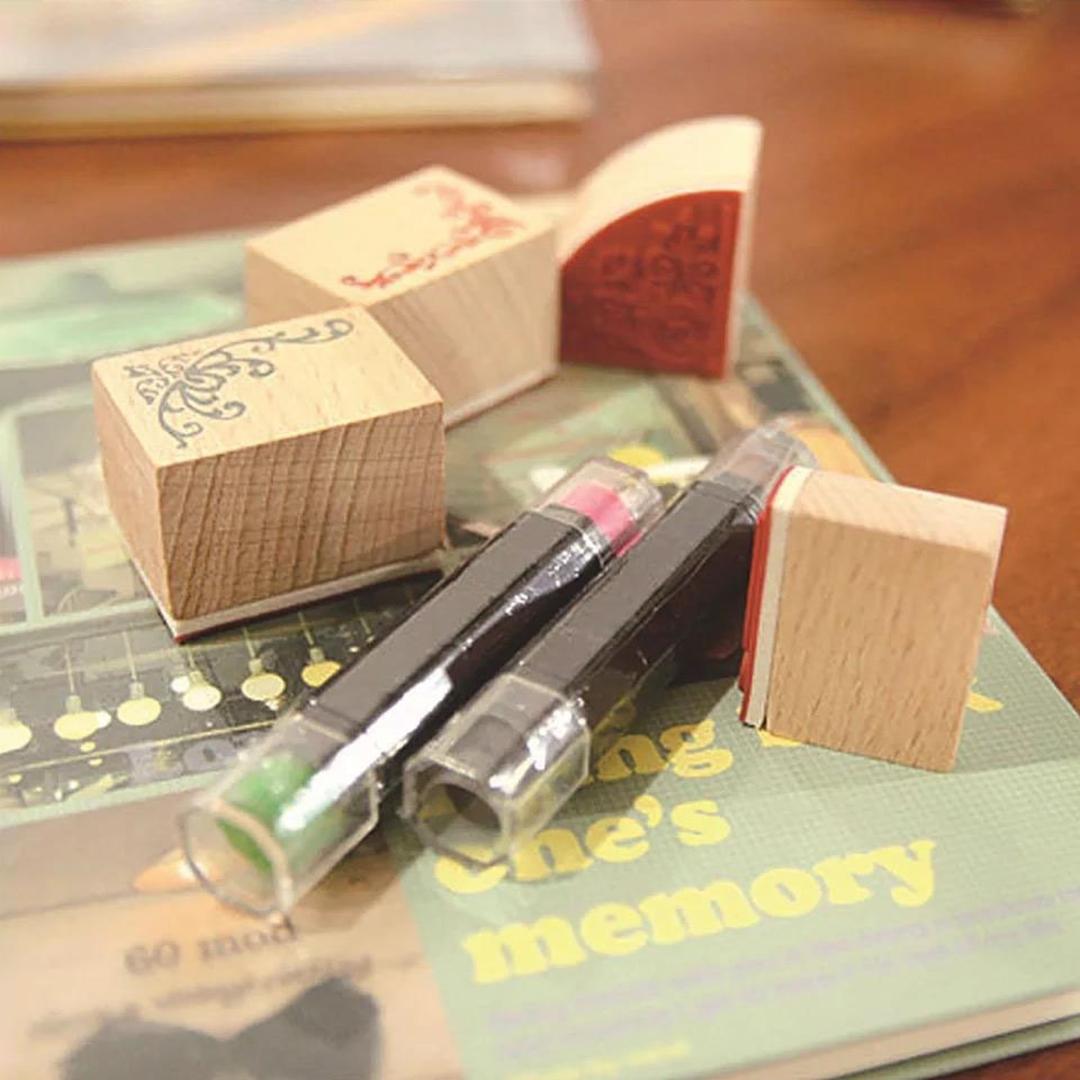 تصویر مهر چوبی حاشیه با استامپ مدادی طرح New
